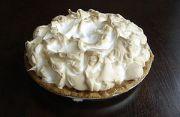 Foto van een Key lime pie, een taart van zandg...