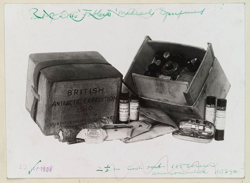 Tabloid medicine chest from Scott Polar Expedition Wellcome L0037299