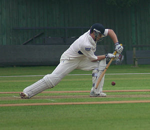 English: Jonathan Trott batting for Warwickshi...