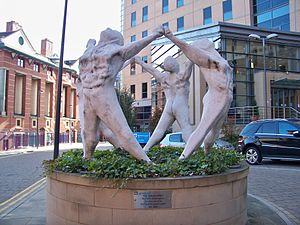 English: The Human Spirit, a 2002 sculpture by...