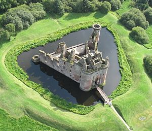 English: Aerial view of Caerlaverock Castle.