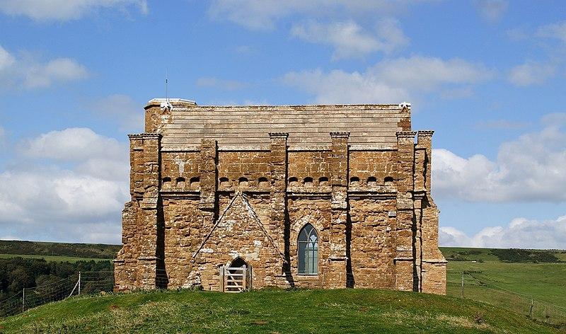 File:Chapel at Abbotsbury-6.jpg