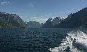 Sunnmørsalpane from Hjørundsfjorden