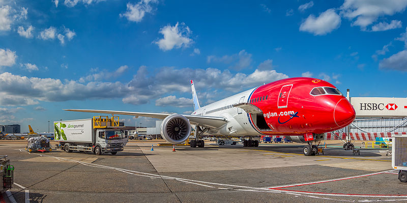File:Norwegian Long Haul, Boeing 787-8 Dreamliner, EI-LND (18384397813).jpg