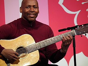 English: Kevin Eubanks at the National Cherry ...