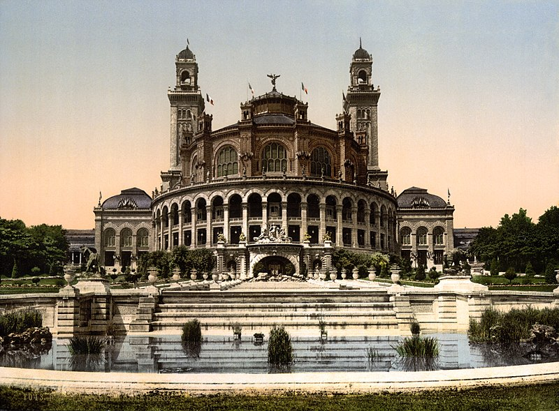 The Palais du Trocadéro in Paris, built for the 1878 World's Fair, around 1890 – 1900.
