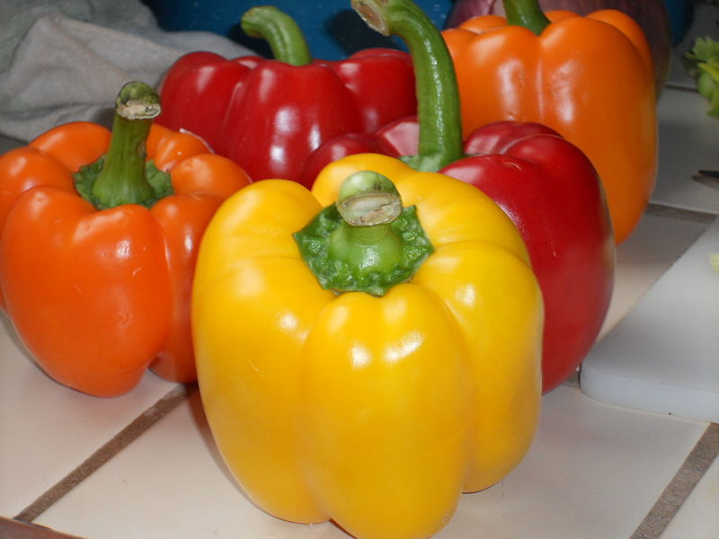 File:Yellow, orange and red bell peppers.jpg