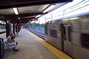 A PATCO Speedline train pulls into Woodcrest s...