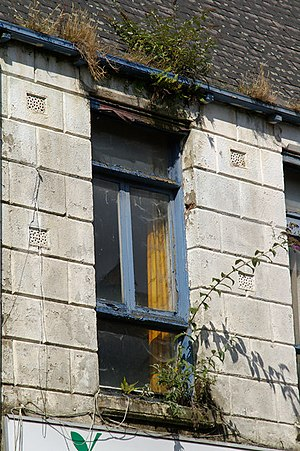 Signs of Neglect and Decay, Humber Street, Hul...