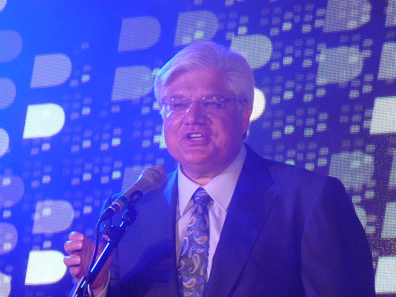 File:Mike Lazaridis.jpg