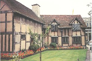 Shakespeare's Birthplace in Stratford Upon Avo...