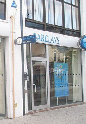 English: Barclays in London Road