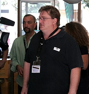 Gabe Newell and Doug Lombardi of Valve Software