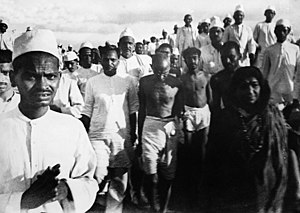 Gandhi on the Salt March, Sarojini Naidu on th...