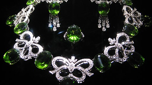 WLA hmns Peridot and Diamond Jewelry