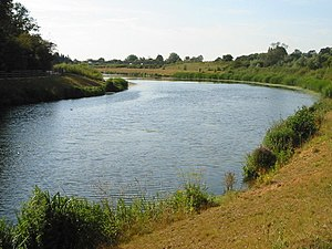 English: Jubilee River, near Slough. The Jubil...