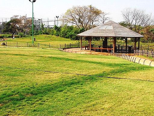 Pu La Deshpande garden 4