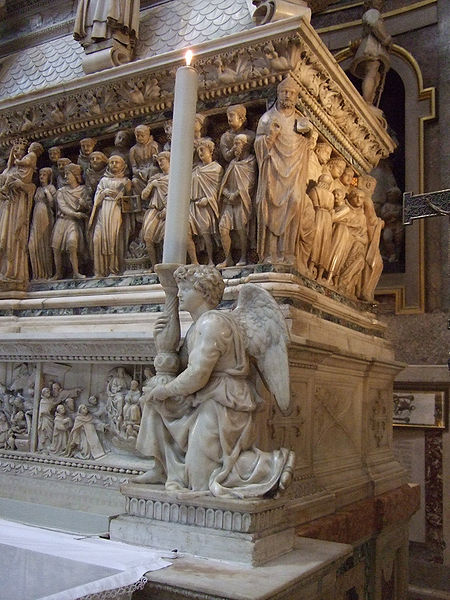 File:Angel by Michelangelo - 2.JPG