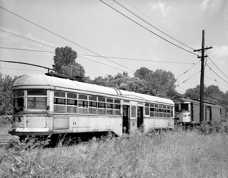 File:Old trolley cars.jpg