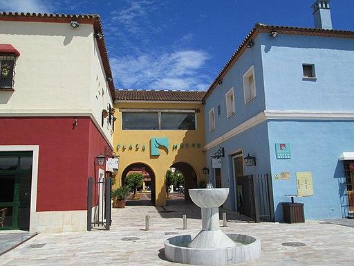 Centro comercial Plaza Mayor, Málaga 02