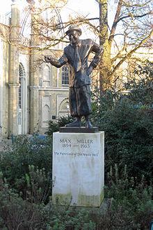Max Miller statue.JPG