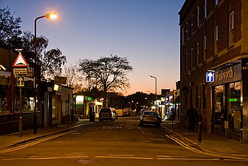 English: Dawn on Station Road Looking into Sta...