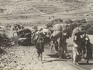 Palestinian refugees making their way to Leban...