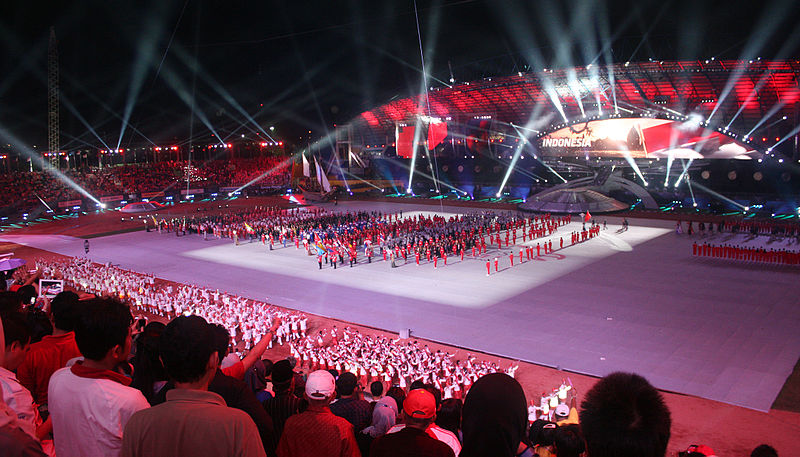 File:Indonesian athletes marching, SEA Games 2011 Opening.jpg