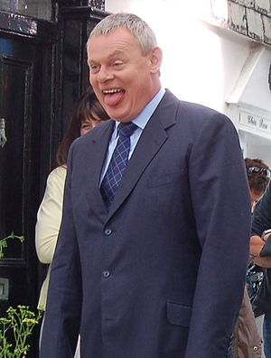 English: Martin Clunes filming Doc Martin in 2...