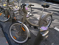 Velib', Métro Courcelles, Paris