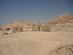 English: El-Khokha necropolis, Theban Necropol...