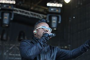 apl.de.ap performing with Black Eyed Peas at O...