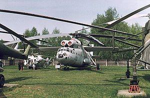 Mi 6 sovyet rusyanın 1957de ürettiği personel taşıyan silahlı helikopteri