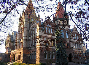 English: Victoria College in the University To...