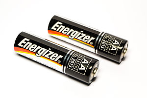English: Image of a pair of Energizer AA Batteries