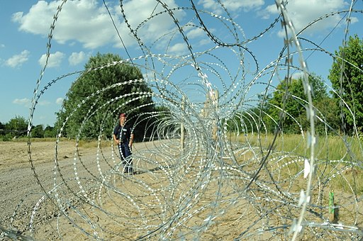 Hungarian-Serbian border barrier 4