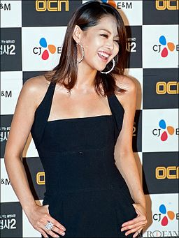 Lee Young-ah from acrofan