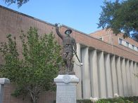 English: Soldiers Monument at Angelina County ...