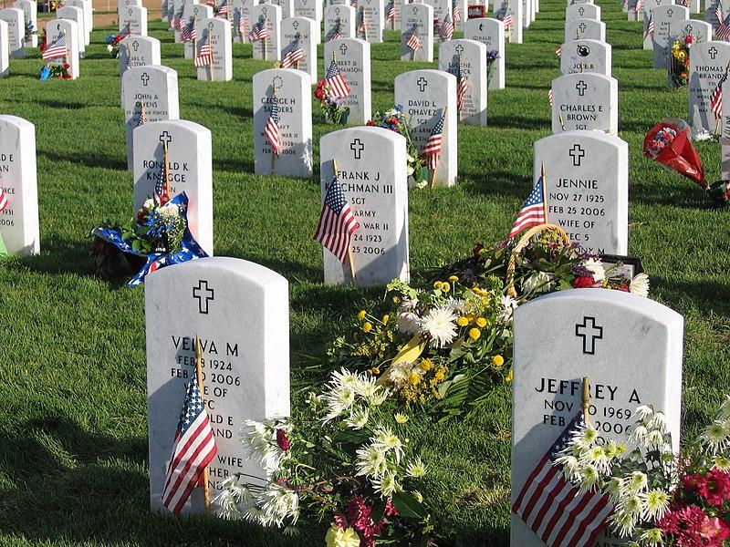 File:Fort logan national cemetery 4.jpg
