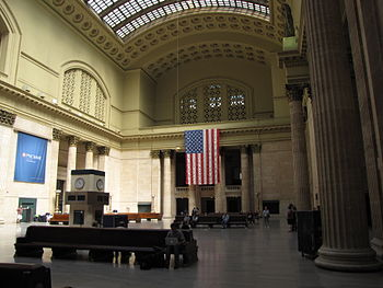 English: Main hall at Chicago Union Station.