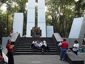 Español: Monumento que se le hizo al General L...