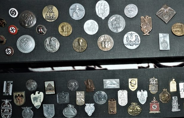 Auckland War Memorial Museum - Nazi Germany Badges 2