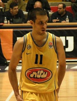 Halperin in a Maccabi jersey.