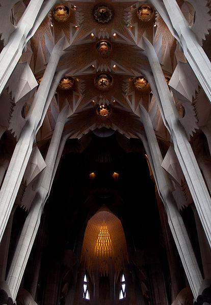 File:Sagrada Família ceiling.jpg
