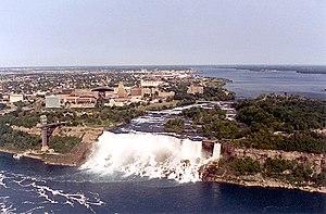 English: Niagara Falls - American Falls and Br...