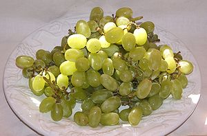 English: Thompson seedless (sultana) grapes