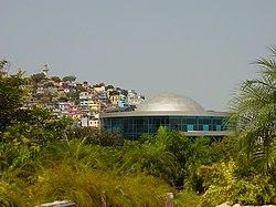 Cúpula de IMAX en Guayaquil, Ecuador.
