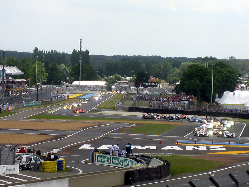 File:Le Mans 2008 Rolling start.jpg