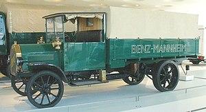 Mercedes-Benz Museum Stuttgart - Benz Lastwage...