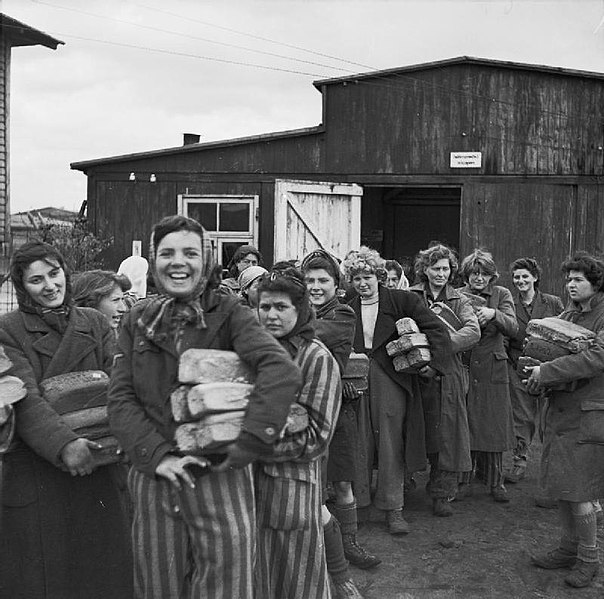 File:The Liberation of Bergen-belsen Concentration Camp, April 1945 BU4274.jpg